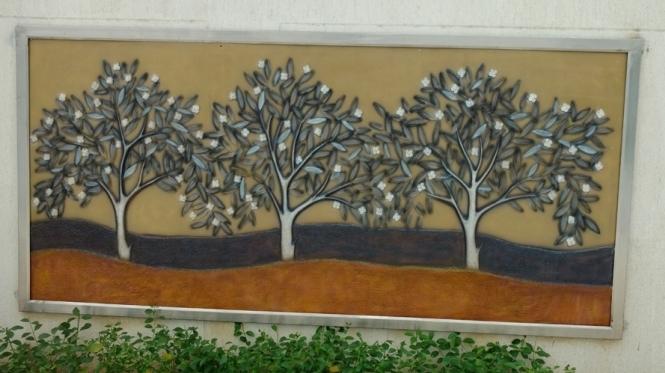 Relief resin mural